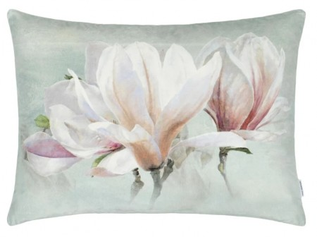 DESIGNERS GUILD - Yulan Magnolia Cushion