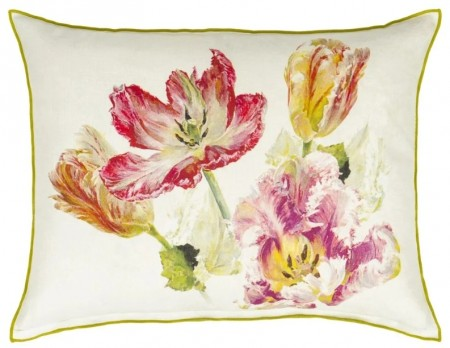 DESIGNERS GUILD - Spring Tulip Buttermilk Cushion